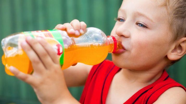Сладкая газировка провоцирует у детей агрессивное поведение