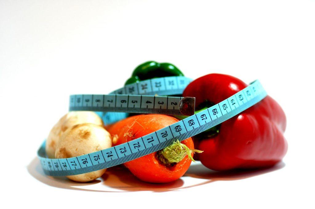 Для похудения овощи и фрукты оказались бесполезными