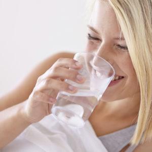 voda stolovaya i lechebnaya v chem raznitsa